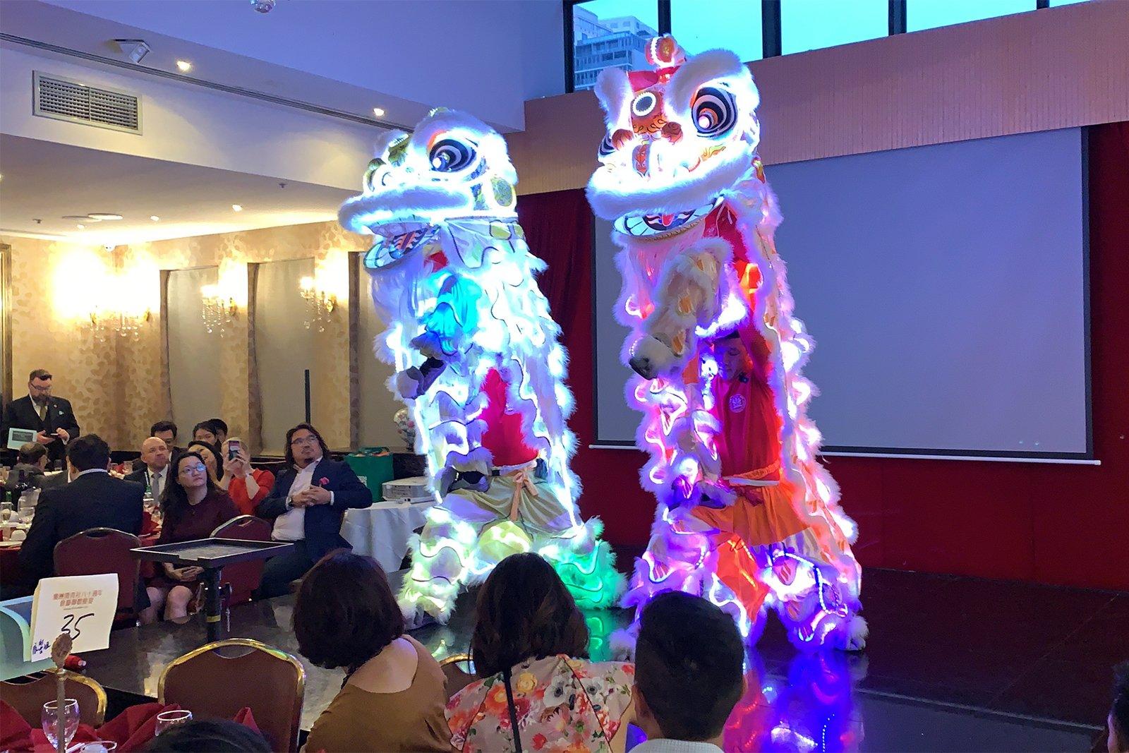 CYL 80th LED Lion Dance Dragon